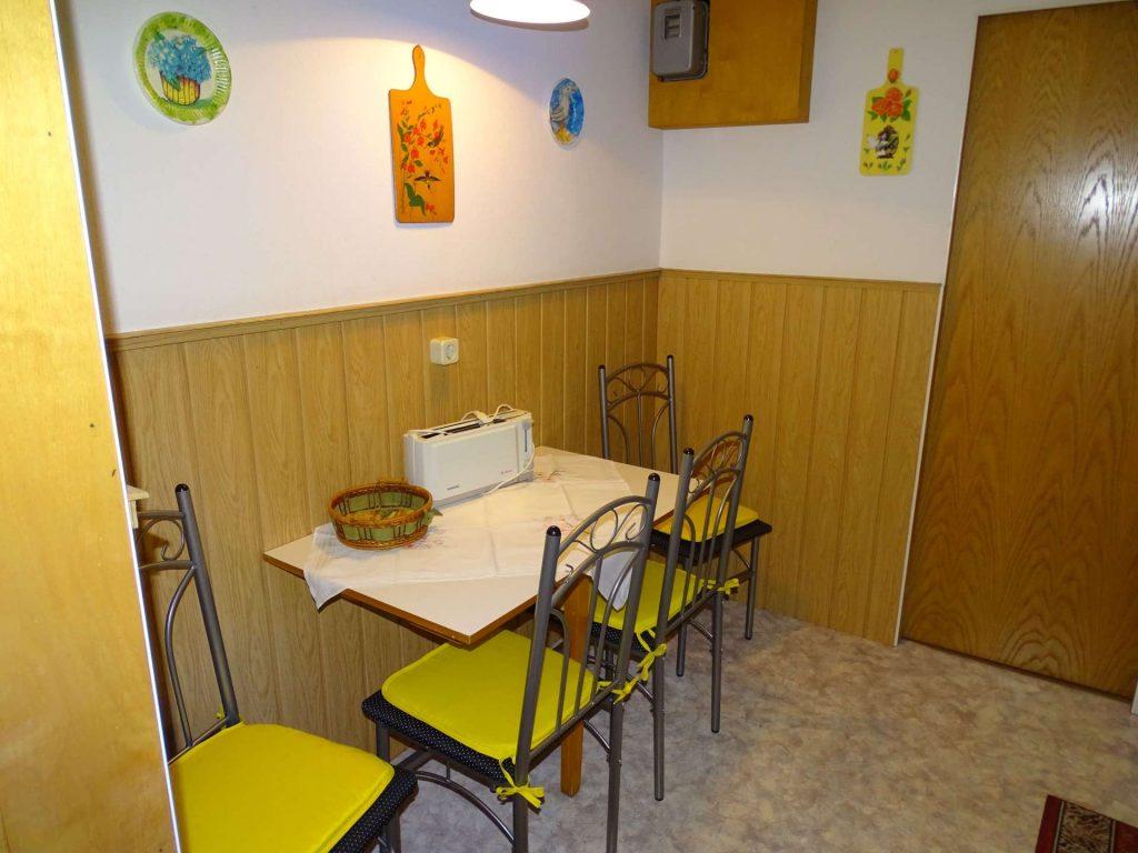 FeWo 1: Sitzecke im der Küche